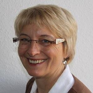 Annette Quade
